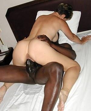 Moms Interracial Porn Pictures