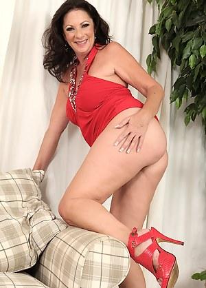 Mature and heels sex